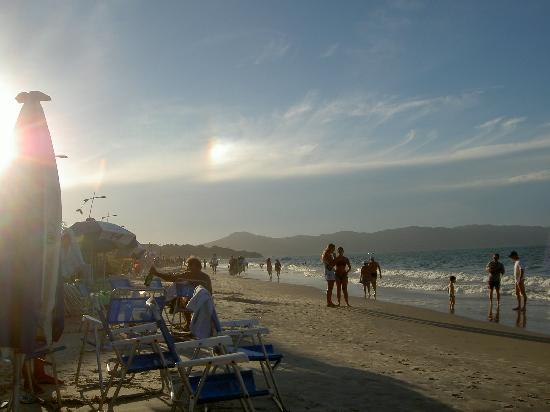 Jurerê Beach Village: Beach