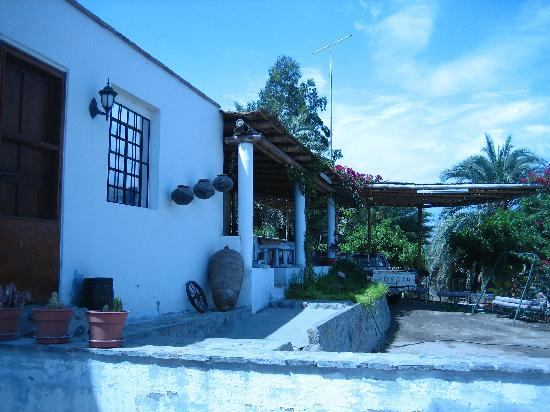 Mantantial La Maquina Palpa : breakfast on the terrace