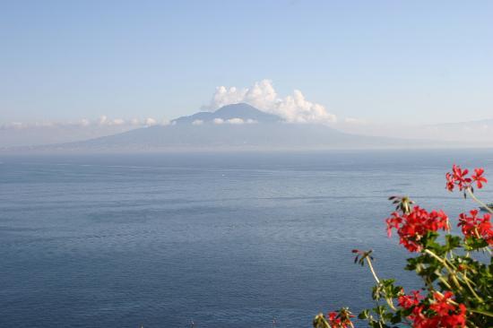 Sorrento, Olaszország: Vesuvius