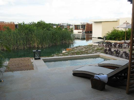 Rosewood Mayakoba: back porch with plunge pool
