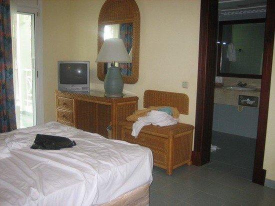 Hotel Riu Naiboa: Our room