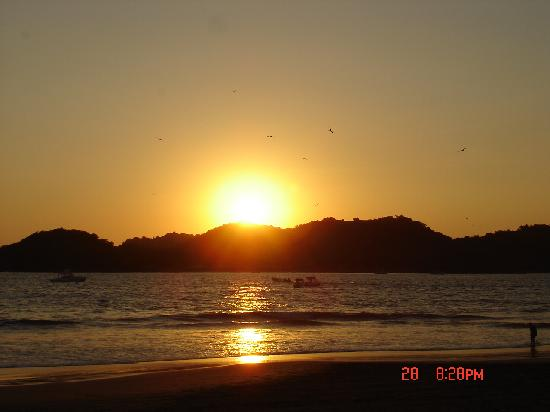 Qualton Club Ixtapa: Sunset