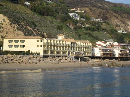 malibu beach inn from the pier picture of malibu beach. Black Bedroom Furniture Sets. Home Design Ideas