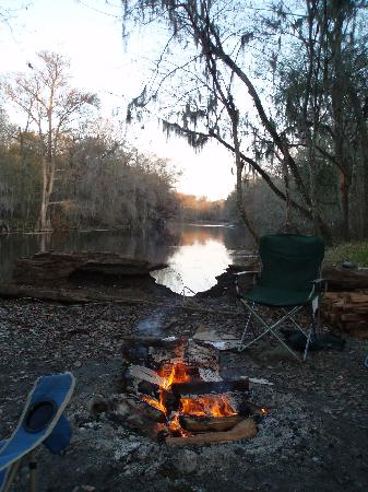 Ginnie Springs: view upriver from camsite at sunset
