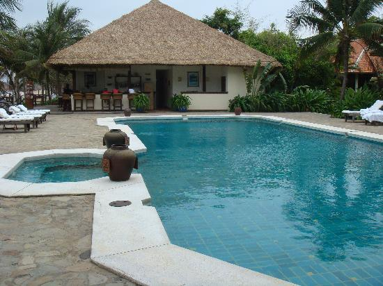 Evason Ana Mandara Nha Trang : Smaller pool