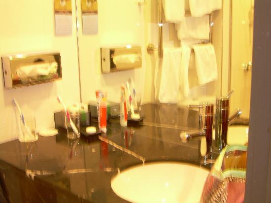 Solo Sokos Hotel Torni: Badezimmer