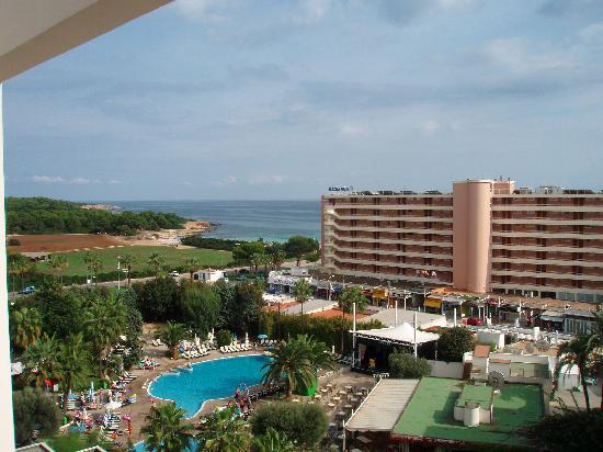 Hipotels Coma Gran Aparthotel: Hotel View