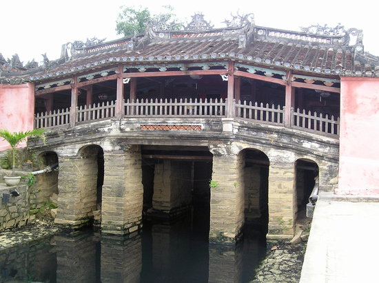 Hoi An, Vietnam: Japanese Covered Bridge