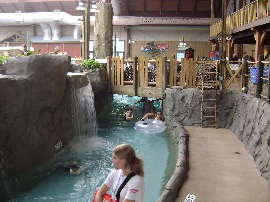 Six Flags Great Escape Lodge & Indoor Waterpark: Lazy river