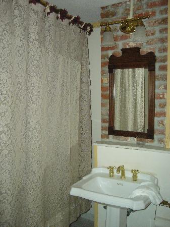 Dr. Jonathan Pitney House : Caroline Room 3