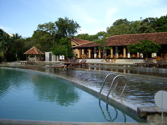 Habarana Village by Cinnamon: La piscine