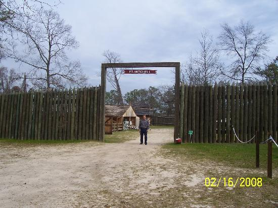 Fort Michell National Historic Site: Fort Replica