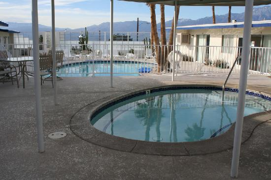 Miner pools at Living Waters Spa - Picture of Living ...