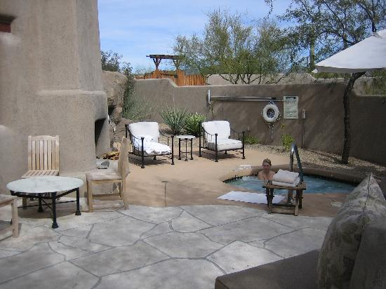 Boulders Resort & Spa, Curio Collection by Hilton: Private patio at The Golden Door Spa