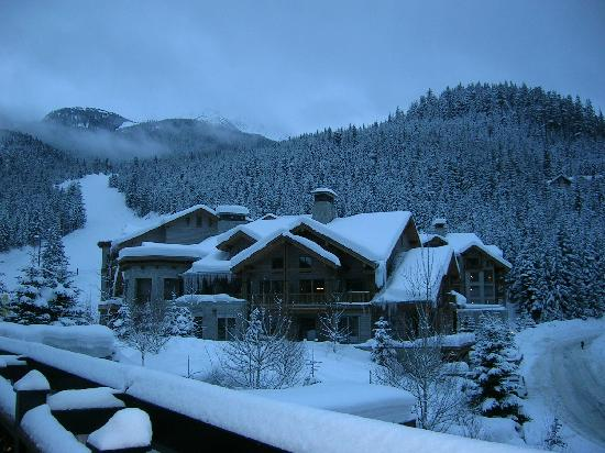 First Tracks Lodge : A beautiful sight after a long flight from London