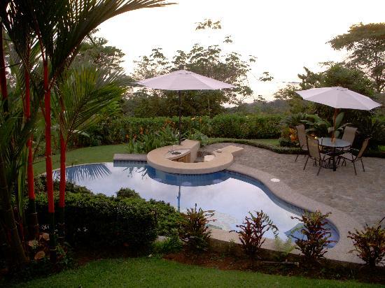 Casi el Cielo Bed and Breakfast : Pool