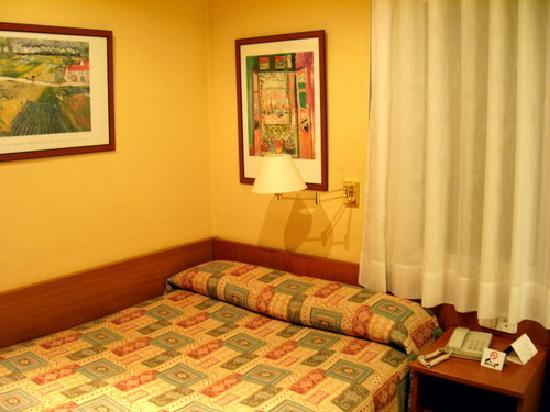 Bonanova Park: nice room