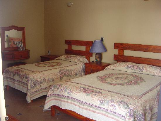 Hostal Villa San Francisco: habitaciones limpias y comodas