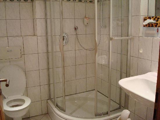 Bathroom at Hotel Aulmann