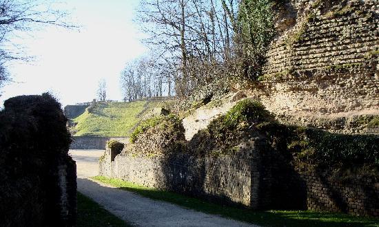 Hotel Aulmann: Roman Arena in Trier