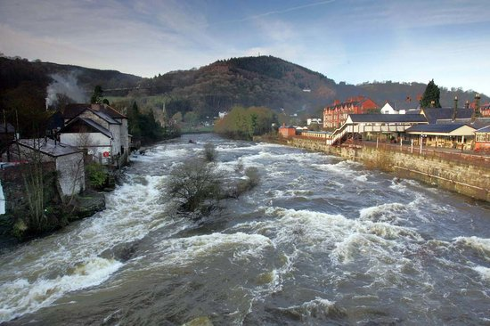 Llangollen, UK : River Dee from bridge in winter