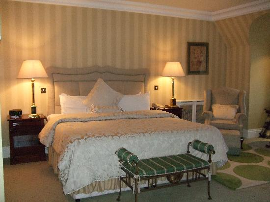 Hayfield Manor Hotel: Our room