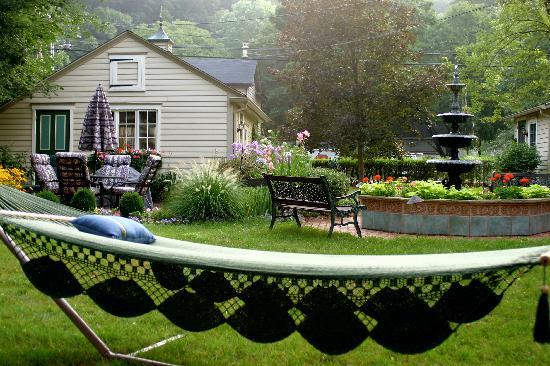 Chestnut Hill on the Delaware: Garden
