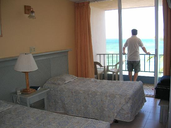 Hotel Tiuna: vista de la habitacion