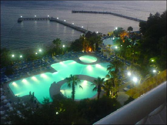 Fantasia Hotel De Luxe Kusadasi : Lovly View From Balcony At Night Time