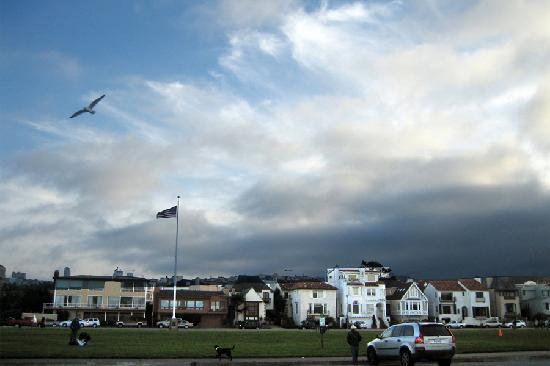 Marina Green Flagpole and Sky