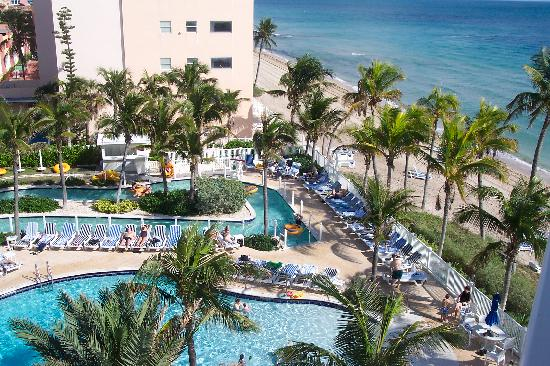Pelican Grand Beach Resort A Le House Pool Lazy River
