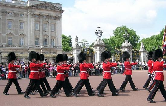 Londyn, UK: Buckingham Palace - la Marche de la Garde Royale