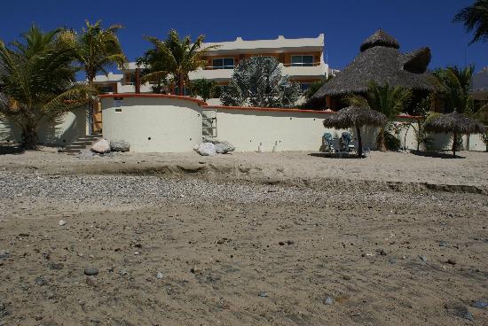 Riviera Nayarit, Meksiko: The hotel from the beach