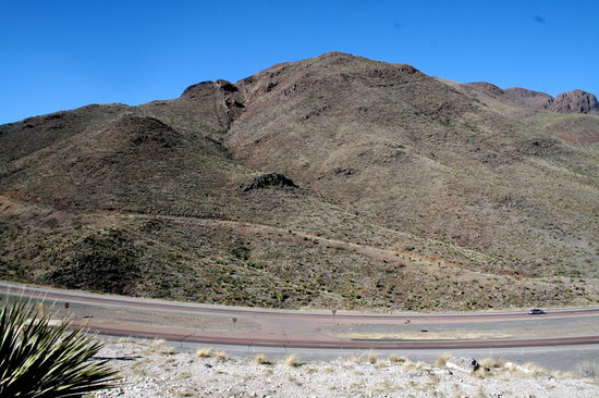 Franklin Mountains State Park: More on the trail