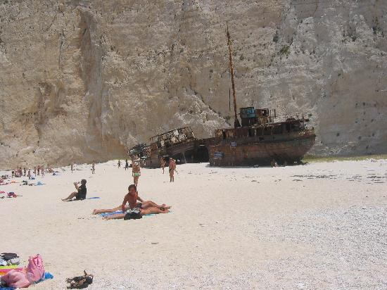 Planos, Greece: shipwreck beach / Navaio