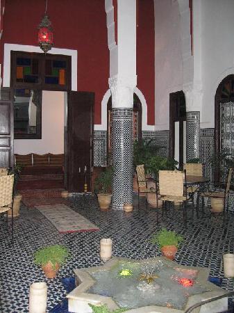Riad Dar Tafilalet: Eingangshalle