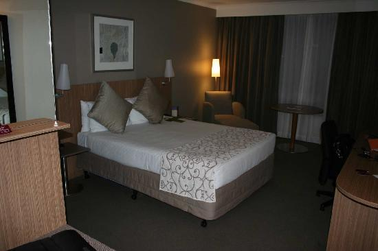 Mercure Sydney Parramatta: Room a
