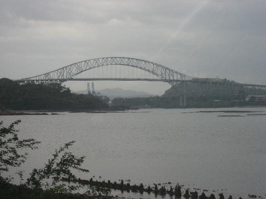 Puente de las Américas: Photo of bridge from a distance