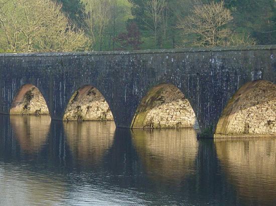 Stackpole Inn: Bridge at Bosherston Lakes