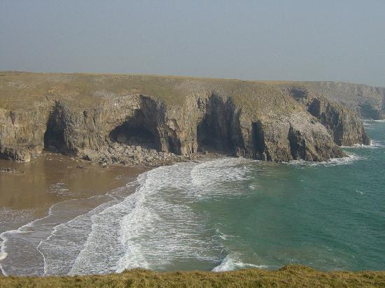 Stackpole Inn: Coastline at Stackpole