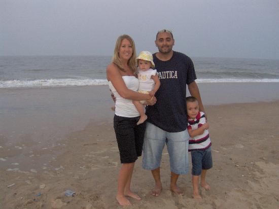Granada Ocean Resort: Walk on the beach