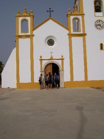 Luz Ocean Club: Church in Praia du luz