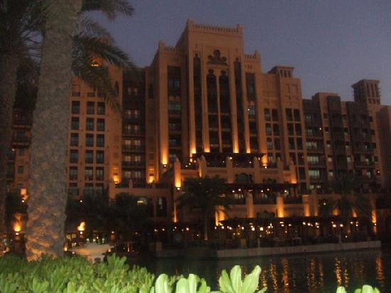 Jumeirah Mina A'Salam: Mina A Salam at Night