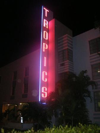Tropics Hotel & Hostel: View from the front