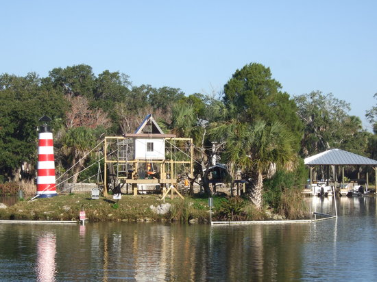Homosassa Riverside Resort: Monkey Island