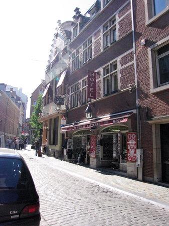 La Vieille Lanterne : Hotel outside