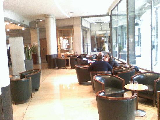 Novotel Paris Gare de Lyon: hall2