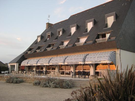 Hotel Restaurant Le Sterenn : Façade de l'hôtel