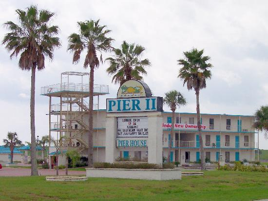 Pier II Resort: Pier II
