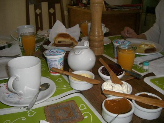 Palermo Viejo Bed & Breakfast: Breakfast